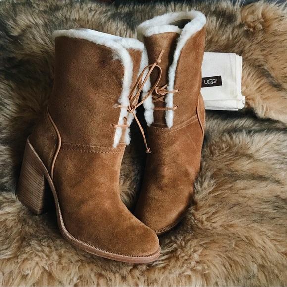 329f60ed843 UGG Luxurious Boots JERENE Chestnut (9) NWT